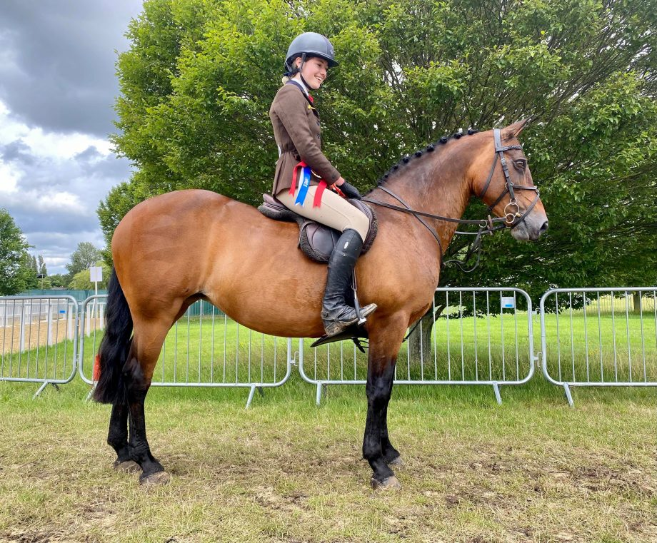 Charleville Farah and Bea Wheeler are working hunter pony champions at the 2021 Royal Windsor