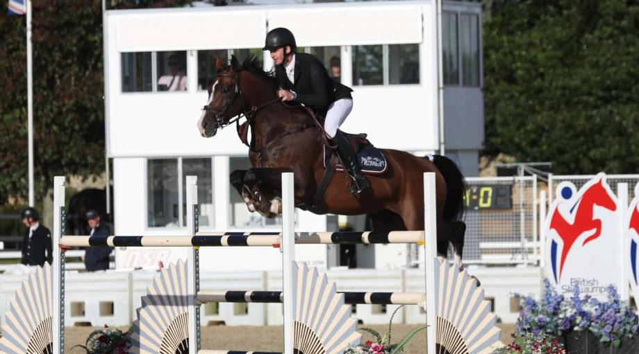 Joseph Trunkfield and Idwerd win the national 1.40m championship title at the British Showjumping national championships 2021