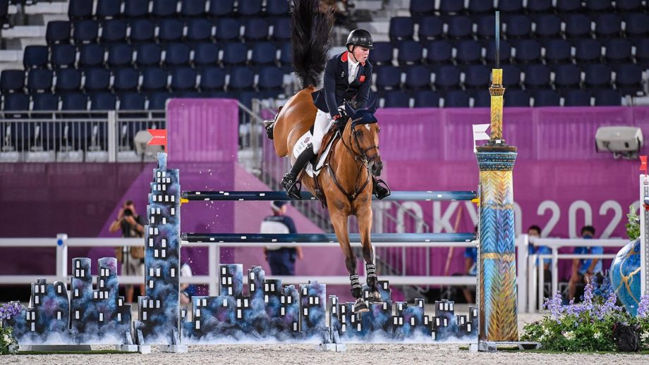 Harry Charles riding Tomeo 88 in the Olympic showjumping individual qualifier at the Tokyo 2020 Olympic Games