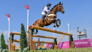 laura collett Olympic eventing cross-country