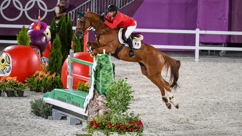 Patricio Pasquel riding Babel at the Tokyo Olympics