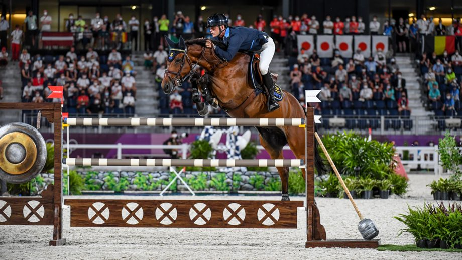 Peder Fredricson riding All In in the Olympic showjumping individual final