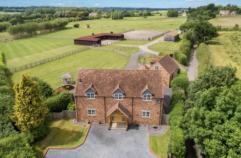 Willow Farm Wixford Warwickshire