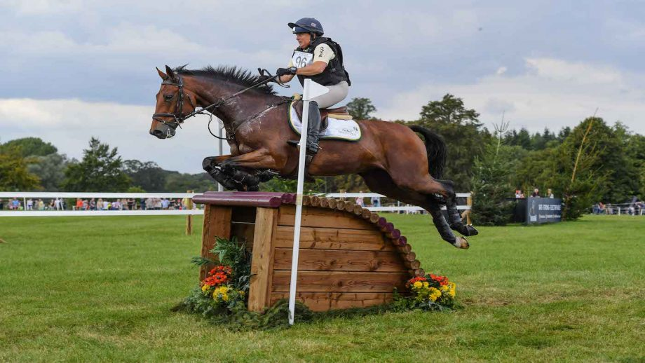 Blenheim Horse Trials times: Pippa Funnell and Mayback jump clear across country