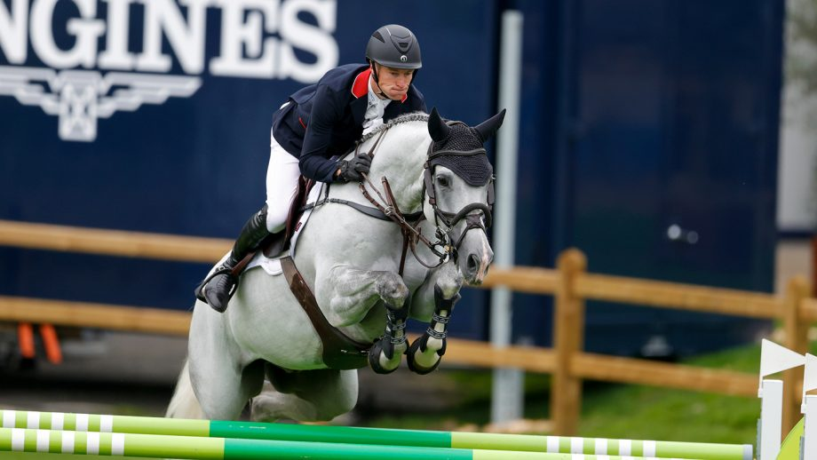 William Whitaker and Galtur in the first round of the European Showjumping Championships