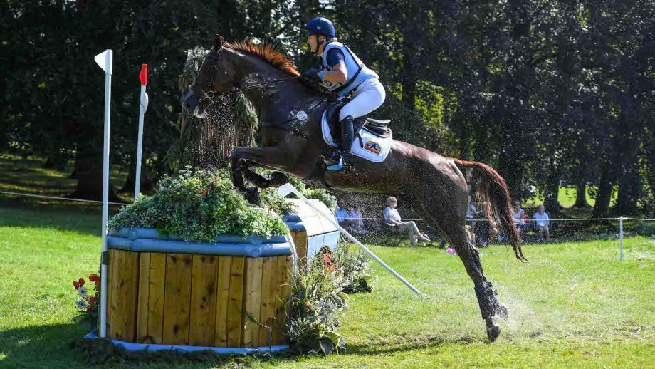 Blenheim Horse Trials cross-country: Yasmin Ingham and Banzai Du Loir