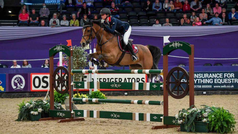 Elissa Herrmann riding LAPISLAZULI, winner of the Sorbeo Leading Pony Showjumper HOYS