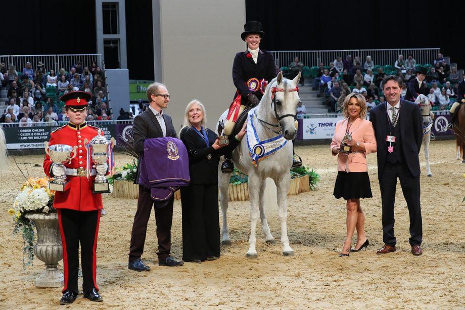 Kimberley Bates and Rafeekah claim glory in the arab ridden final at HOYS 2021
