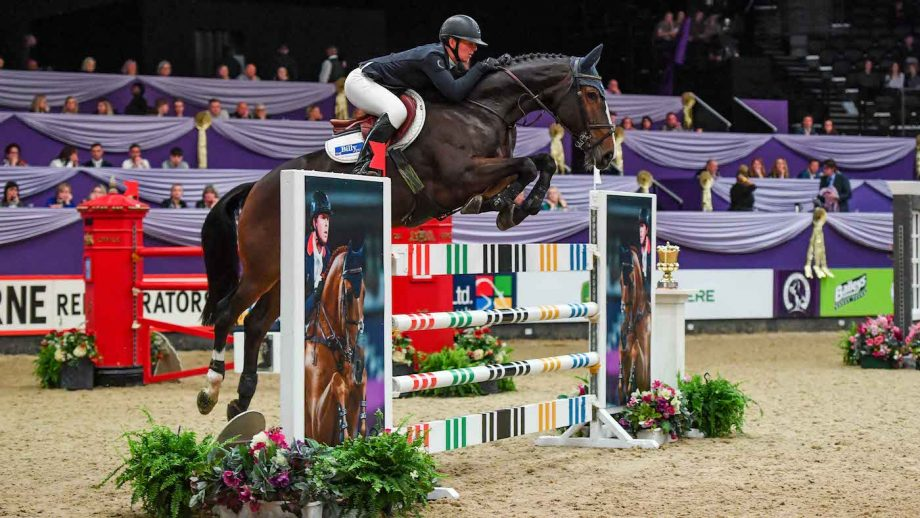 Lucy Townley and Billy Nikon take the HOYS Foxhunter final