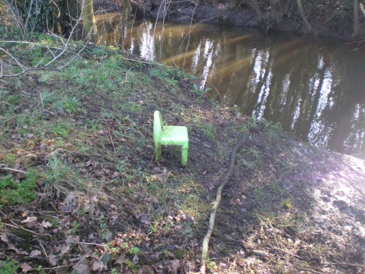 Now that's an armchair swim - fit for a very small angler indeed.