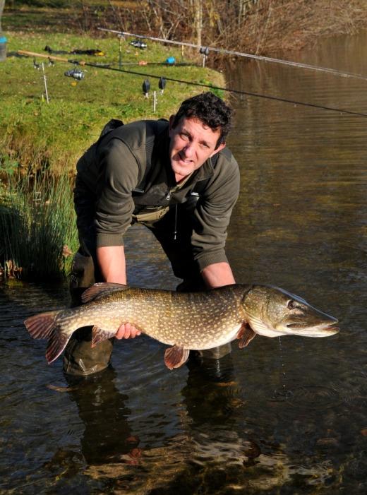River pike hunting