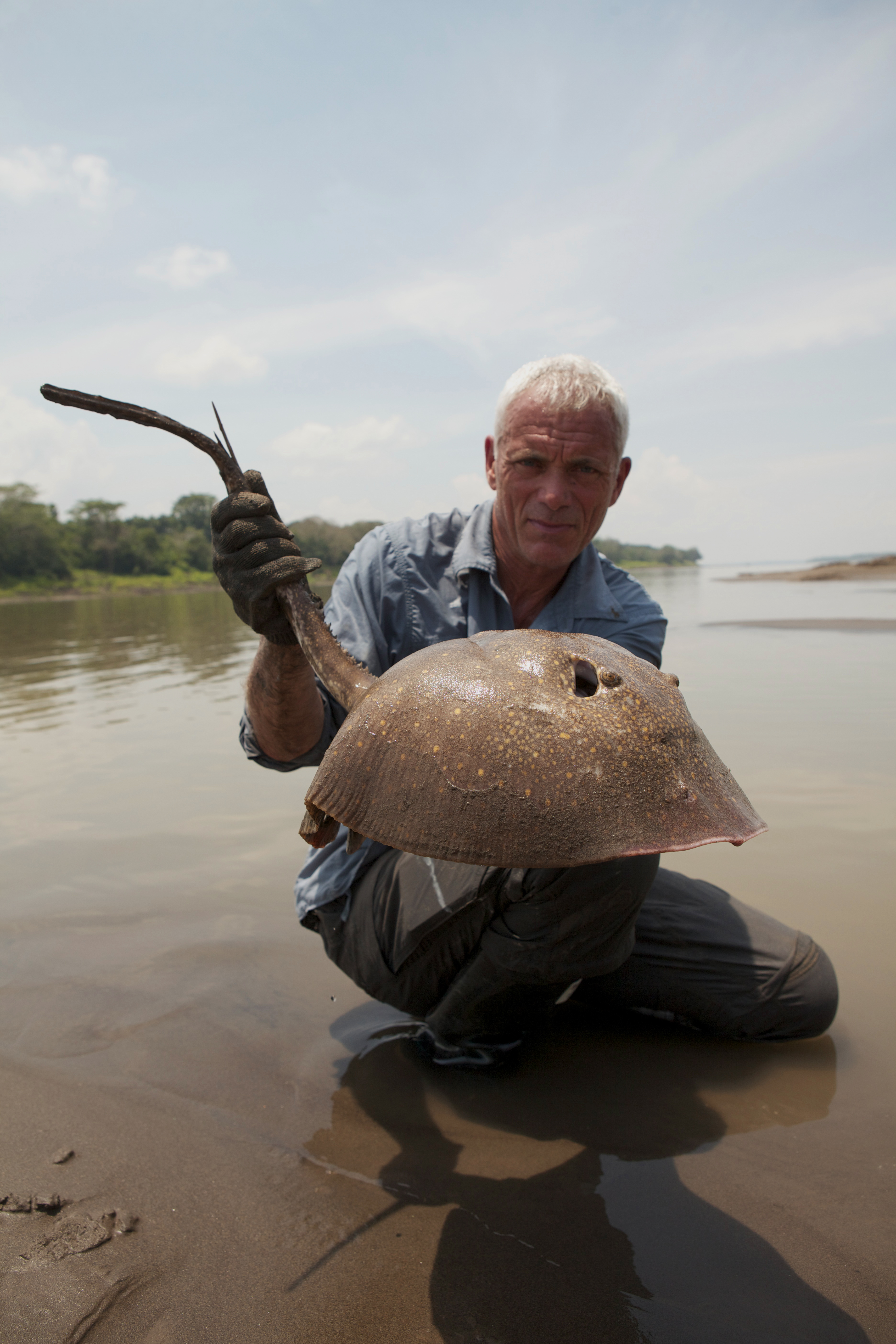 Jeremy wade 39 s new tv series bonus picture 5 angler 39 s mail for Jeremy wade fishing rod