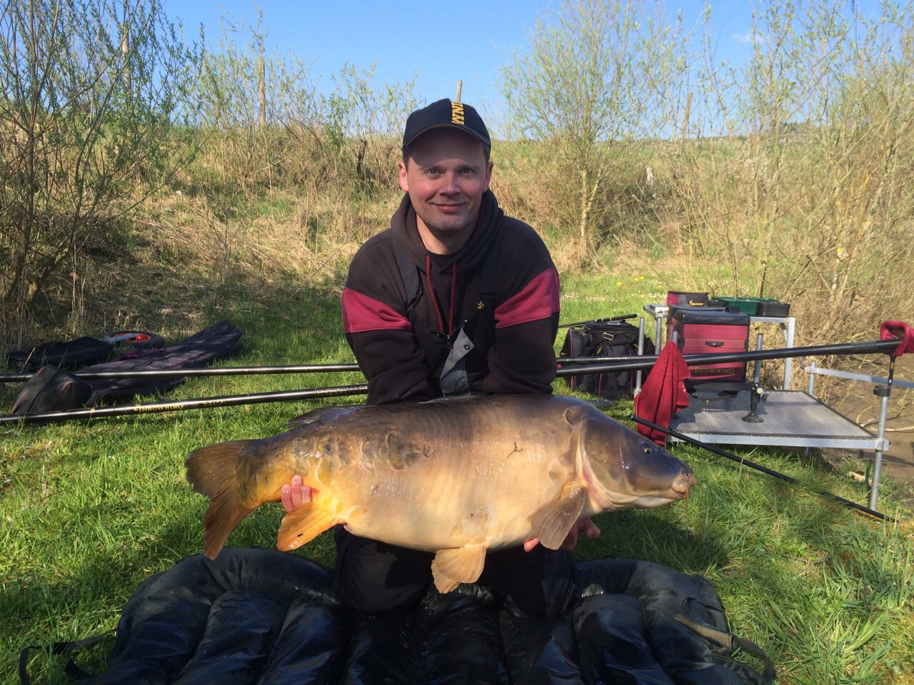 46 lb carp landed on pole fishing tackle for Fishing for carp