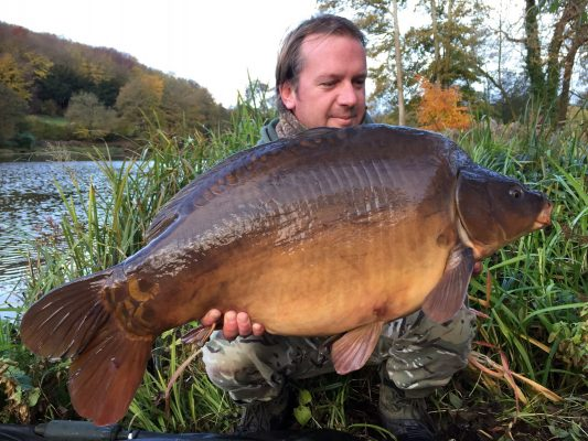 Lake News | Carp fishing in France with accommodation at Bletiere ...