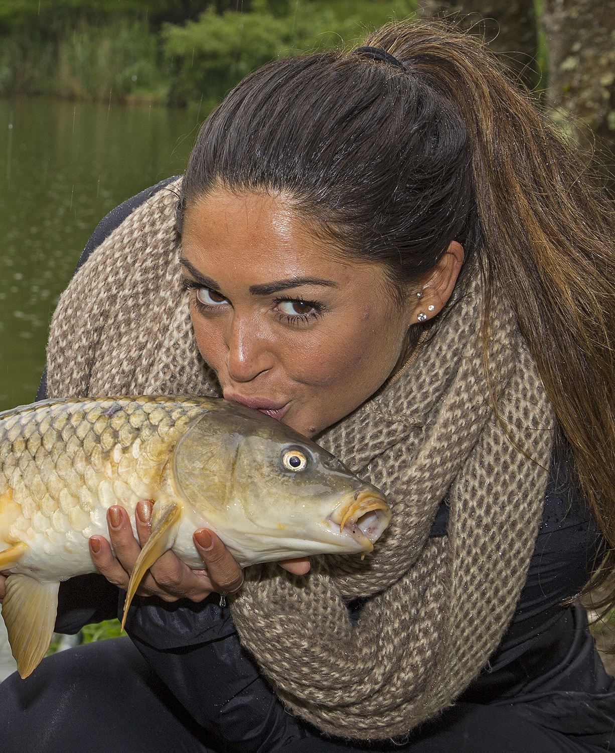 Fishomania host venue hayfield lakes backs glamour girls for Topless girls fishing