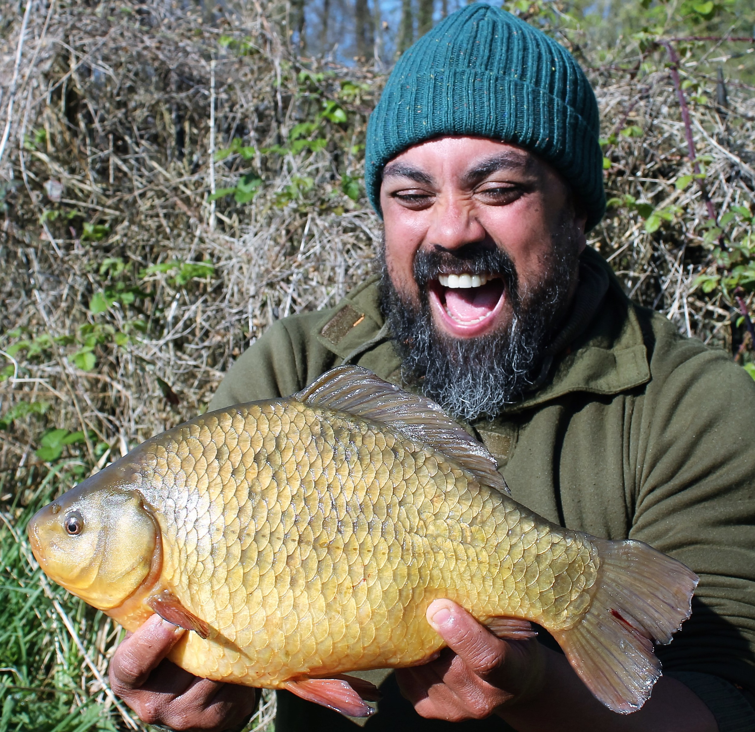 How to catch a crucian carp on a float rod - advice from anglers 32