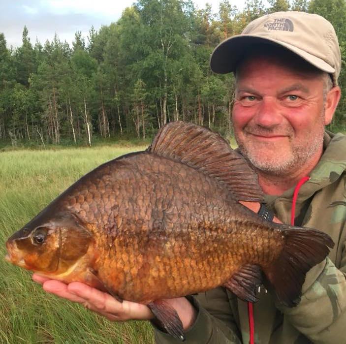 Darren Starkey has revealed how he shared in an awesome crucian carp haul.