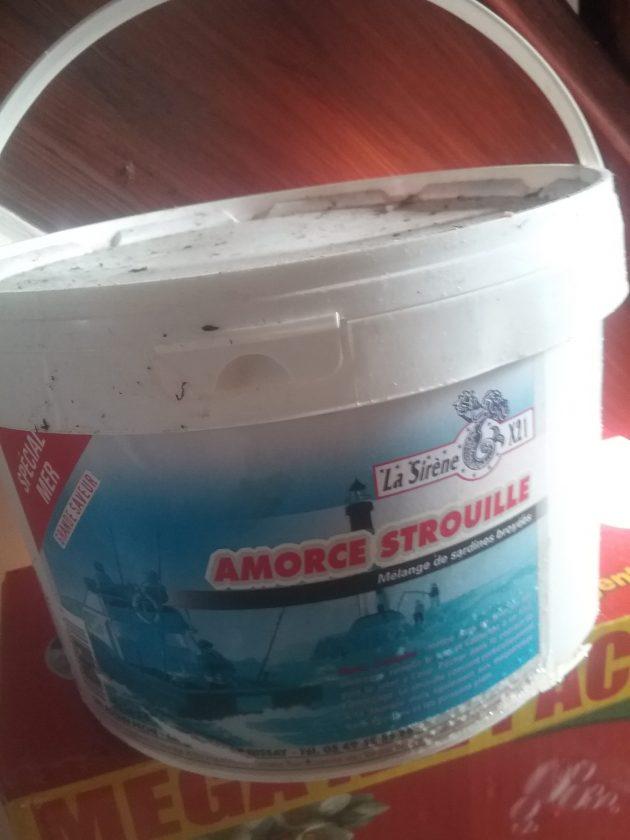 Andrew uses sardine chum called Amorce Strouille.