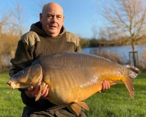 Avenue fishing success - this heavyweight carp scaled 59 lb.
