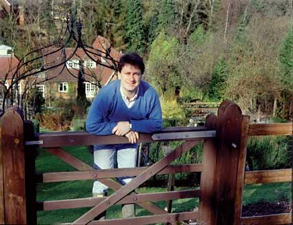 Alan Titchmarsh S Barleywood Garden For Sale Amateur