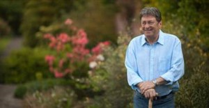 Alan Titchmarsh How to feed your garden