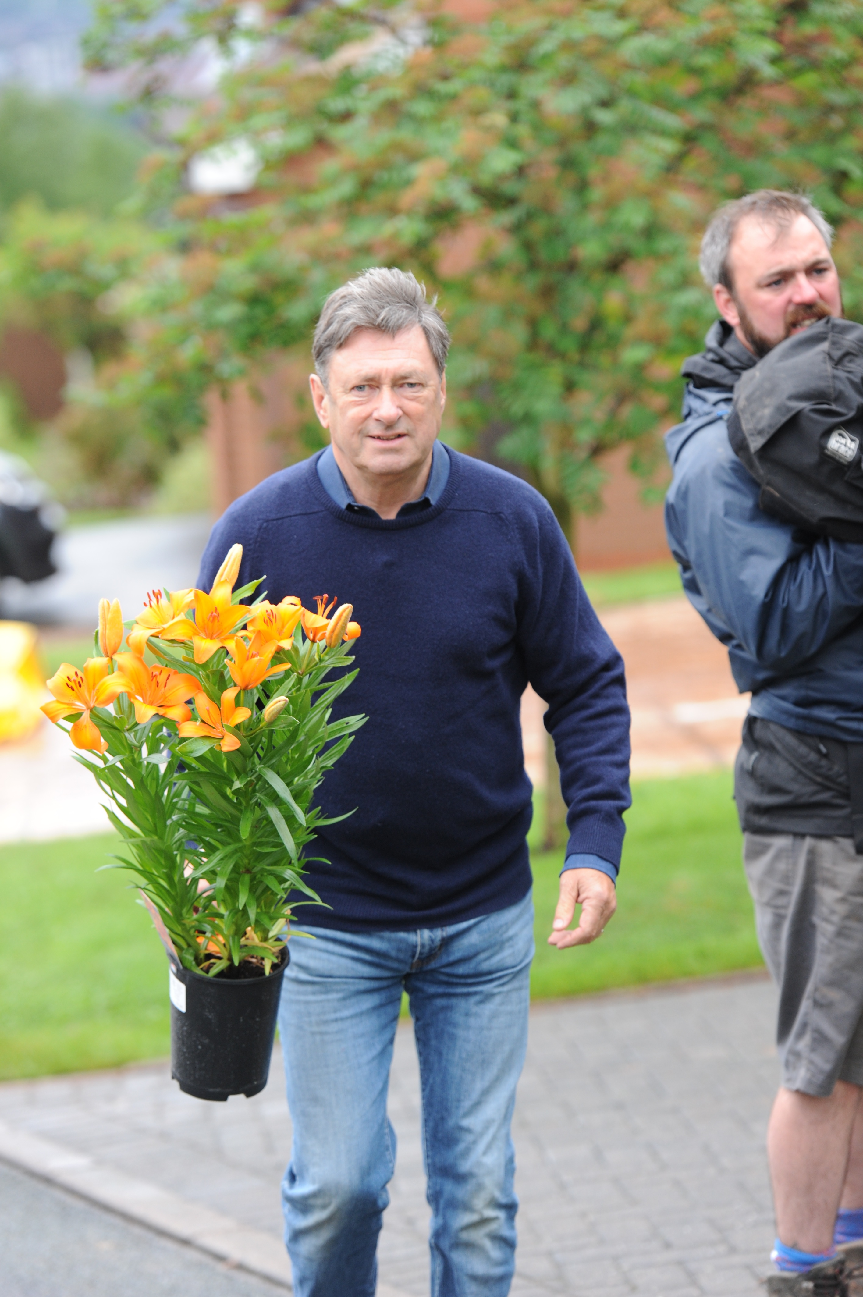 do you know a family that deserves a garden makeover by alan titchmarsh