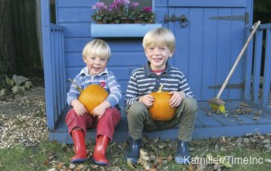 Great autumn projects for kids - pumpkins and leaves