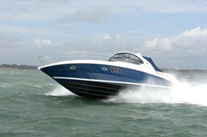 Sea Ray 395 Sundancer boat review