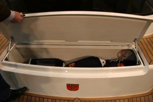 Useful fender storage on the bathing platform