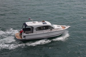 Nimbus 335 - A very capable, intelligent boat on testing.