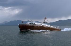 Thunderbird classic wooden boat