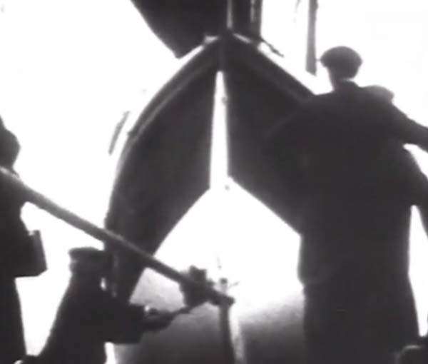Newquay lifeboat 1920s screengrab.jpg