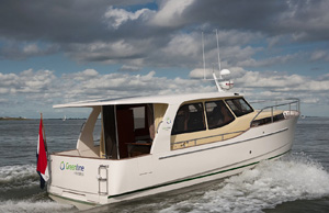 Greenline 33 Hybrid | News | Motor Boats Monthly |