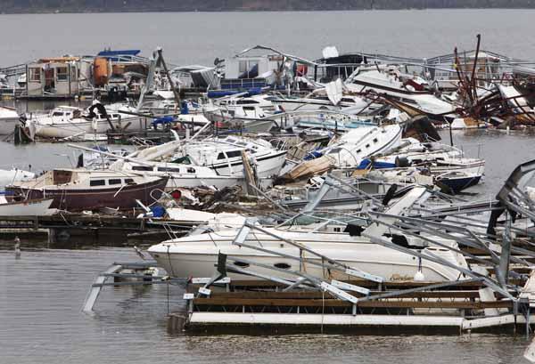 Tornado damage Oklahoma.jpg