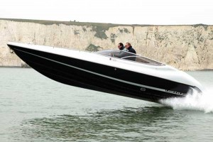 Linetti 27.5 | Reviews | Motor Boats Monthly |