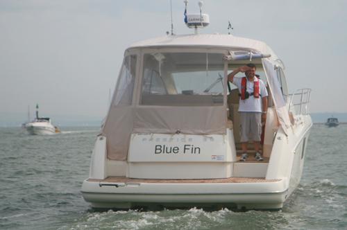 Blue Fin salute