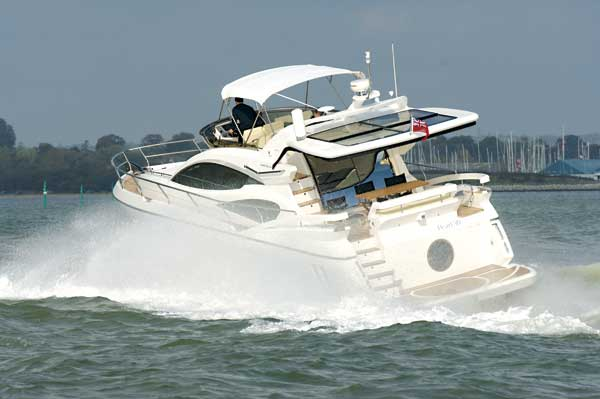 Pearl Motor Yachts expand to Asian market