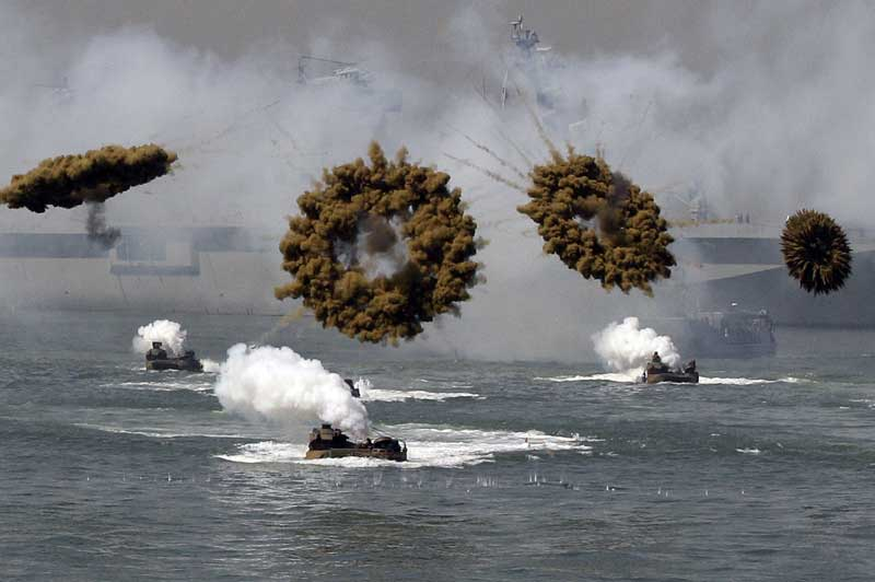US and South Korea Marine landing crafts