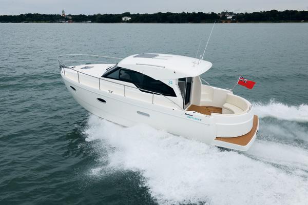 Motor Boat & Yachting | Rodman Spirit 31 Video