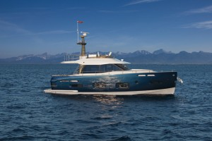 Motor Boat & Yachting | Azimut Magellano 50