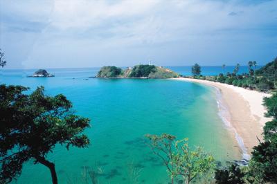 Thailand charter cruising guide