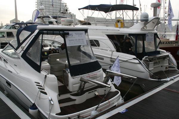 Used-Boat-Marina-Sealine-S34.jpg