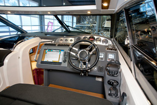 Motor Boat & Yachting | Nord West 430 Helm