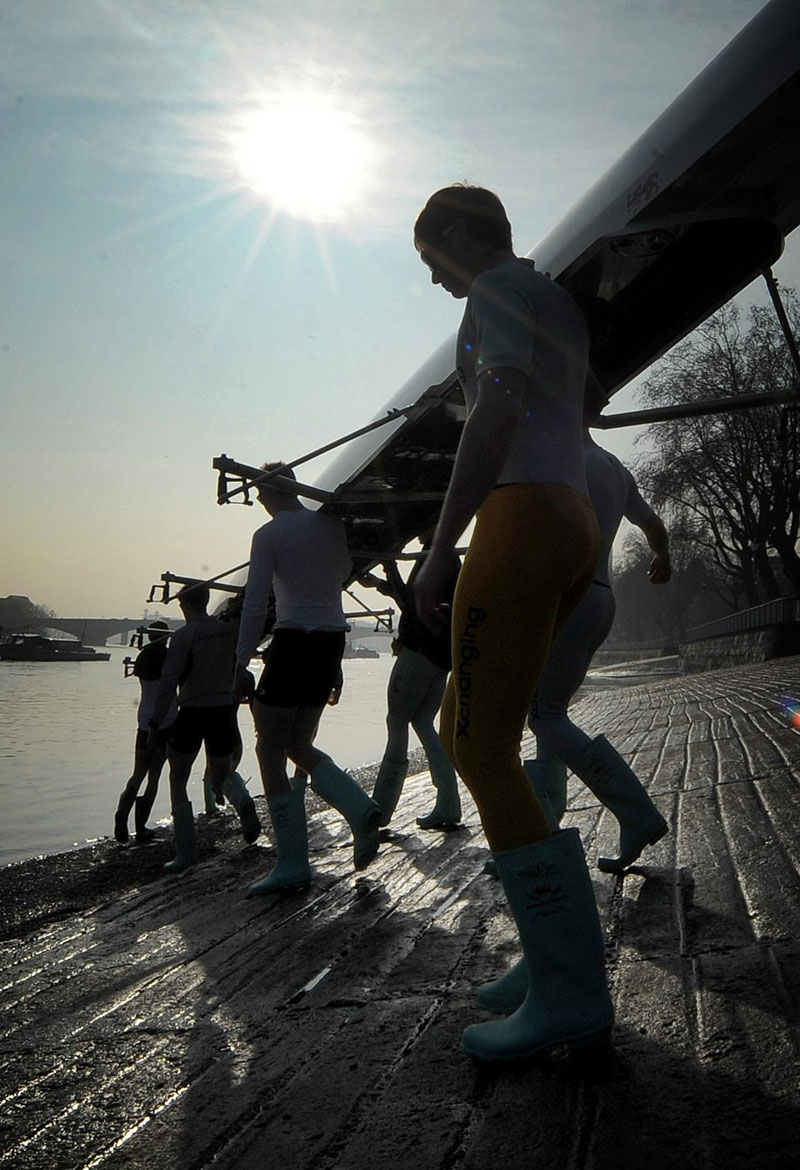 The Cambridge Boat Race team take to the water | Motor Boats Monthly | Best Boating Pictures