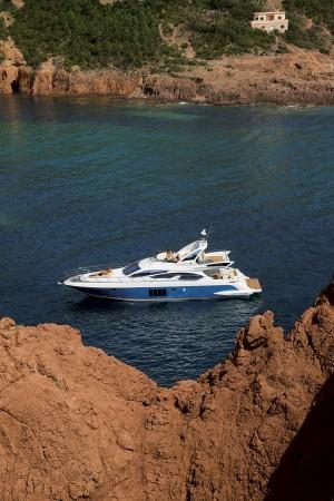 Motor Boat & Yachting | Azimut 64