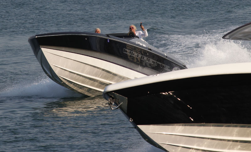 Branson takes charge | Best Boating Photos | Motor Boats Monthly