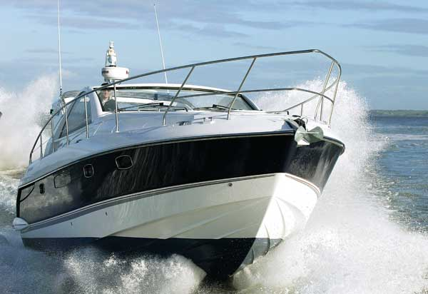 Fairline Targa 38 | Reviews | Motor Boats Monthly |