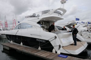 Motor Boat & Yachting | Beneteau Flyer Gran Turismo 49 Fly