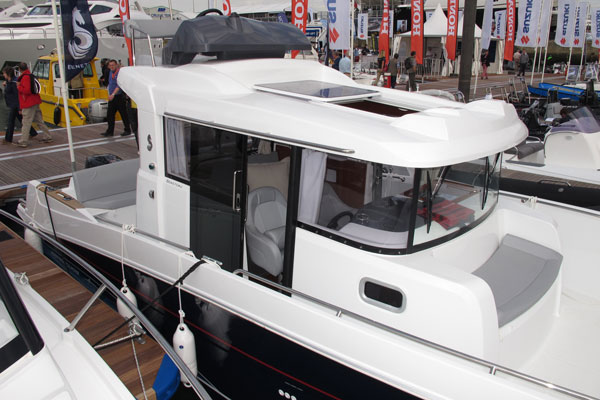 Motor Boat & Yachting | Beneteau Barracuda 9