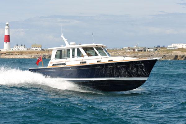 Sabre 40 Motor Boat Yachting